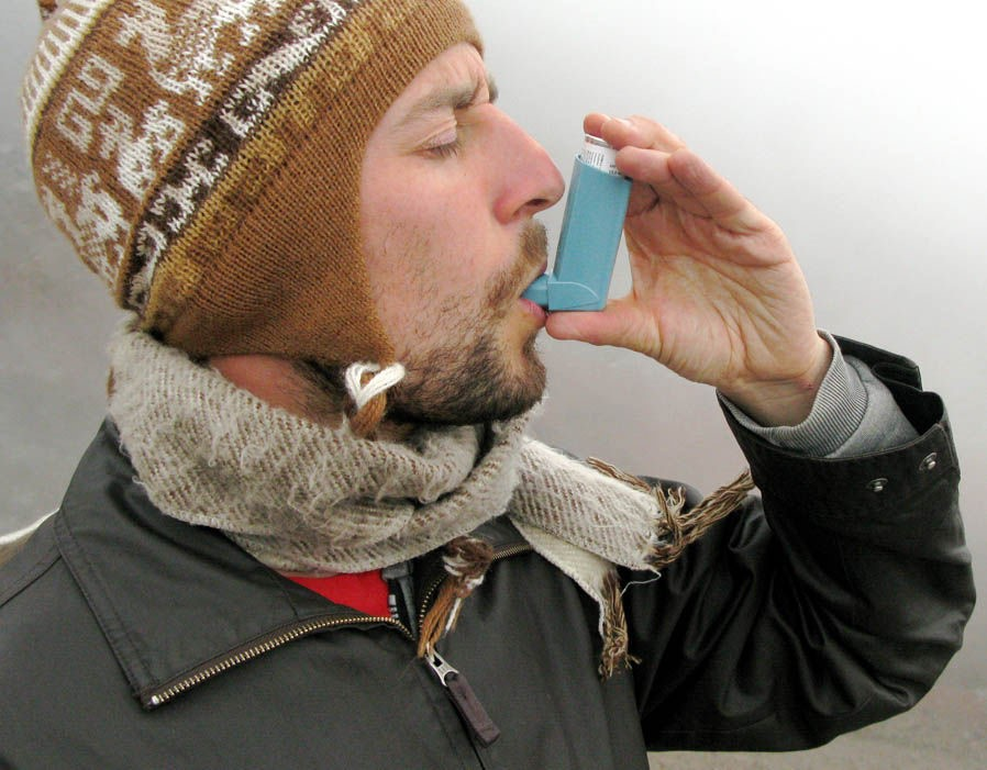 7 Safety Measures For Asthma Patients For Protection From Cold Climate