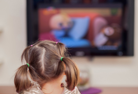 Screen time for Kids: How much is healthy?